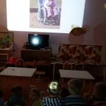 """Беседа  с  детьми  с  использованием  презентации """"Разные  возможности-равные  права""""."""